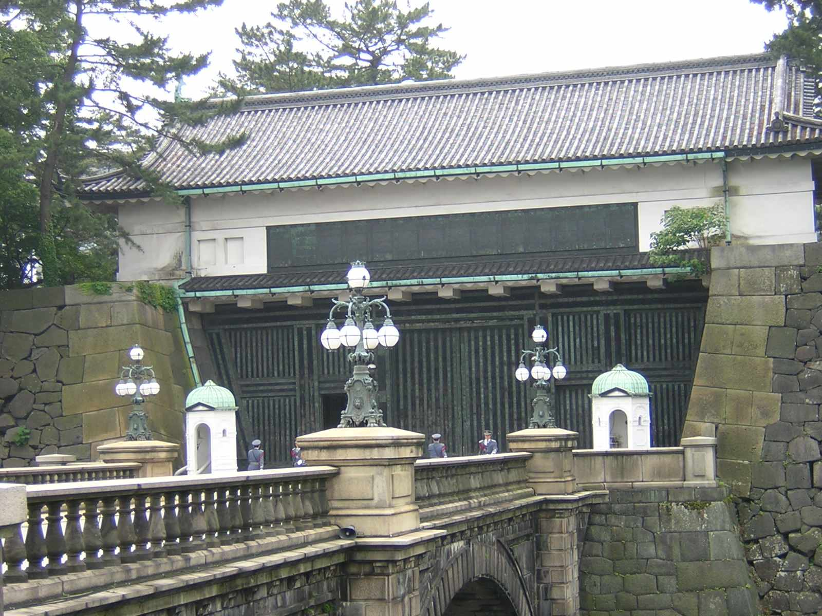 皇居正門における衛兵の交代