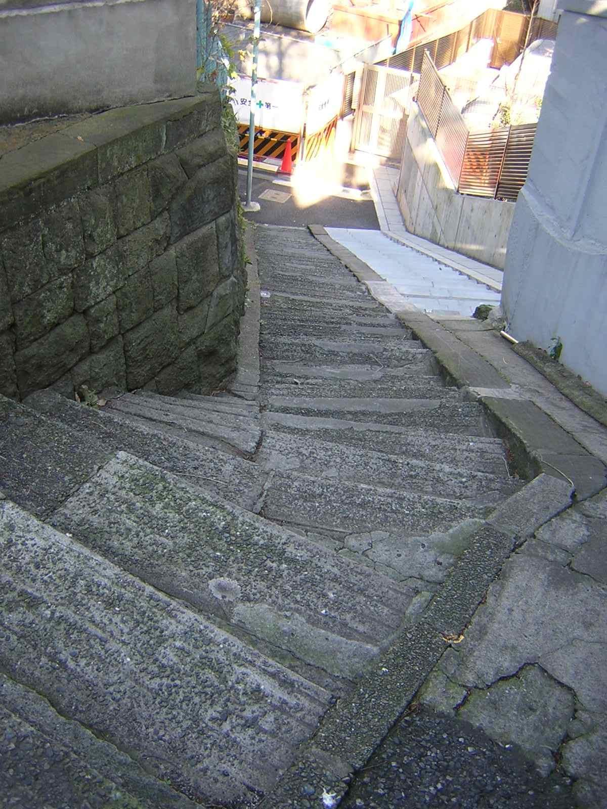 根津のおばけ階段