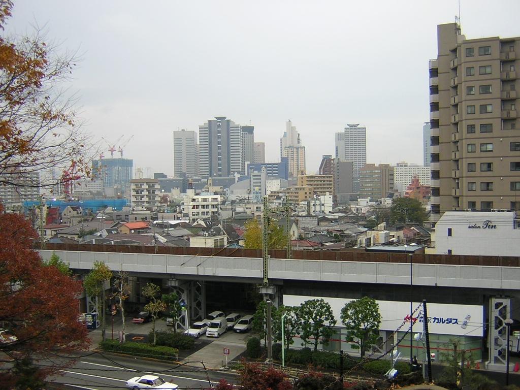 品川神社の富士山からの眺め (天王洲アイル)